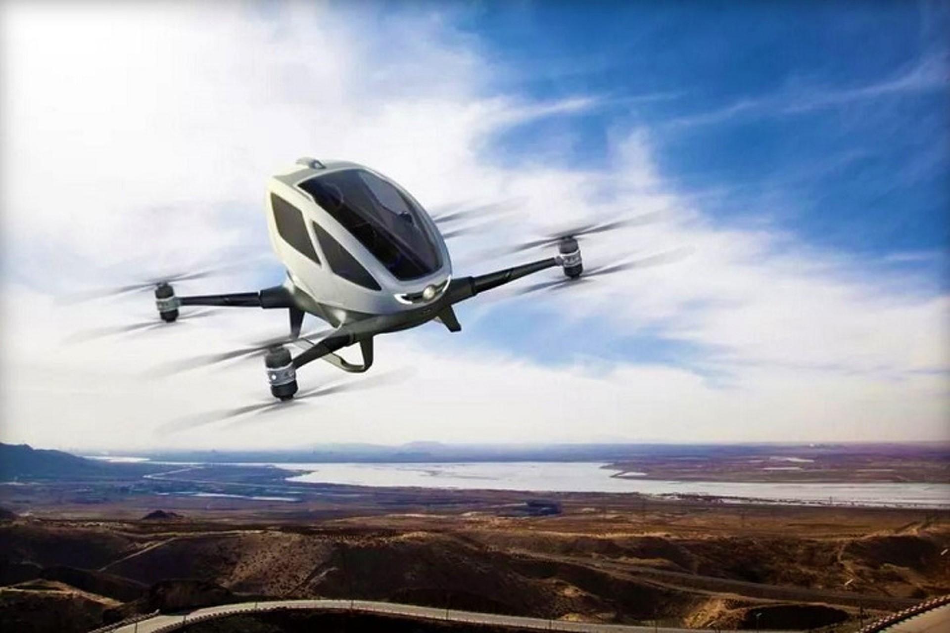 le-prime-auto-volanti