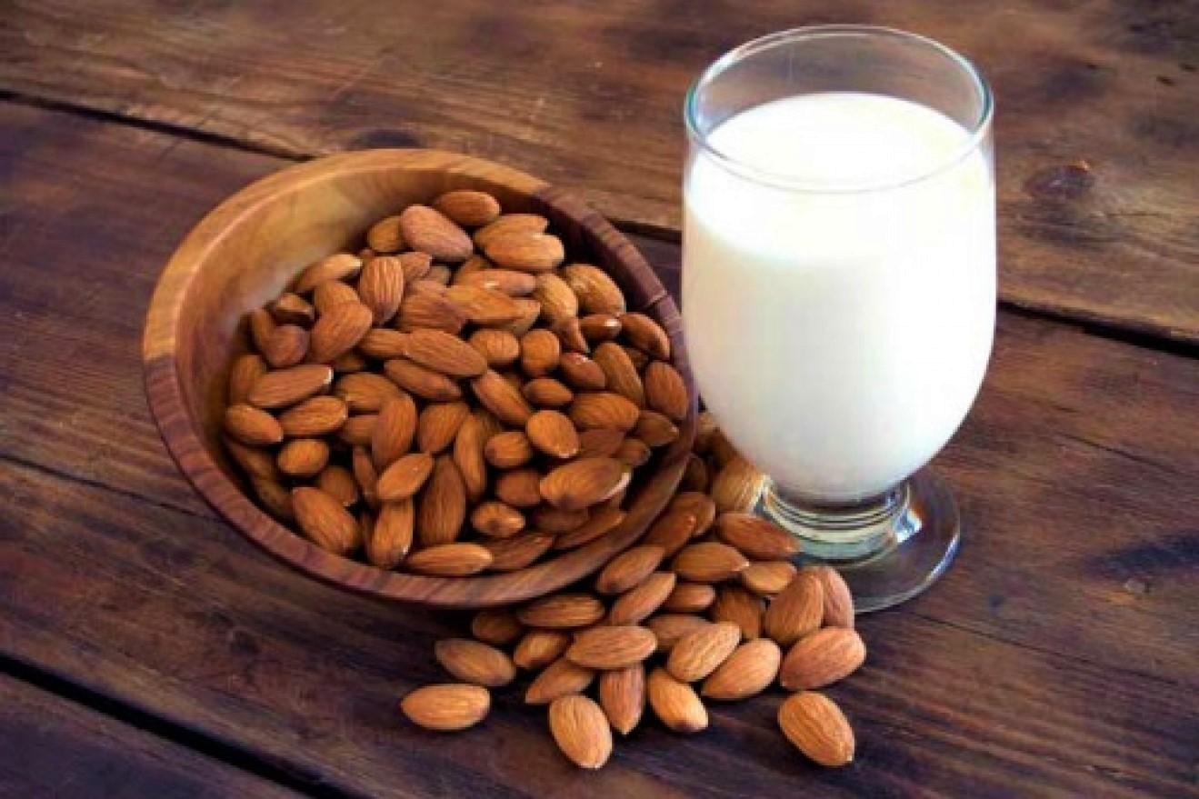 latte-di-mandorla-ricetta