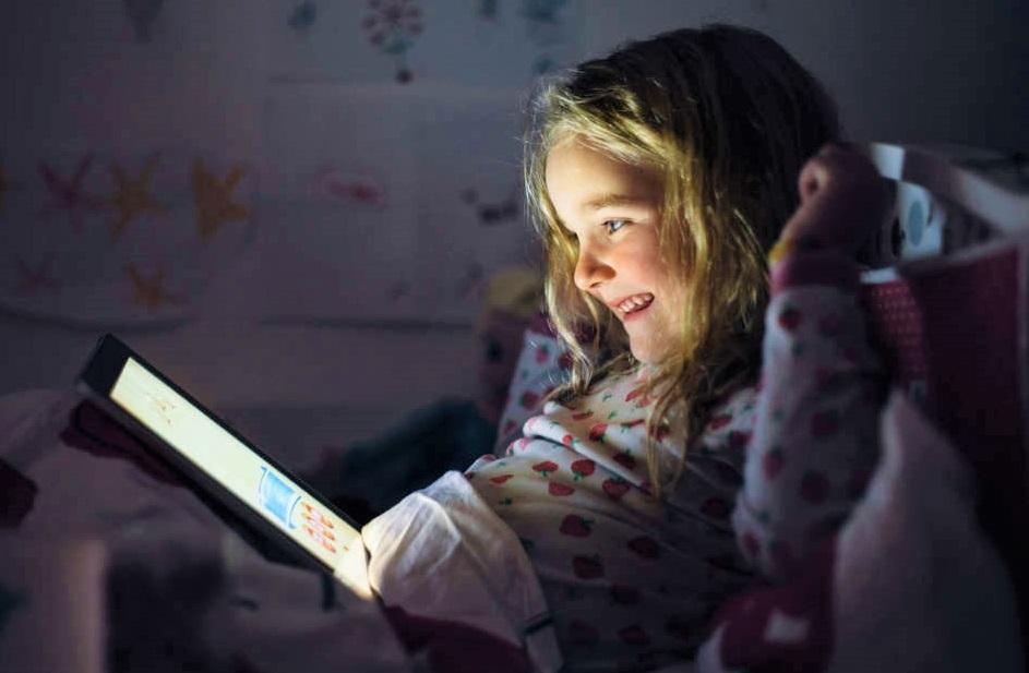 tablet-e-smartphone-ai-figli