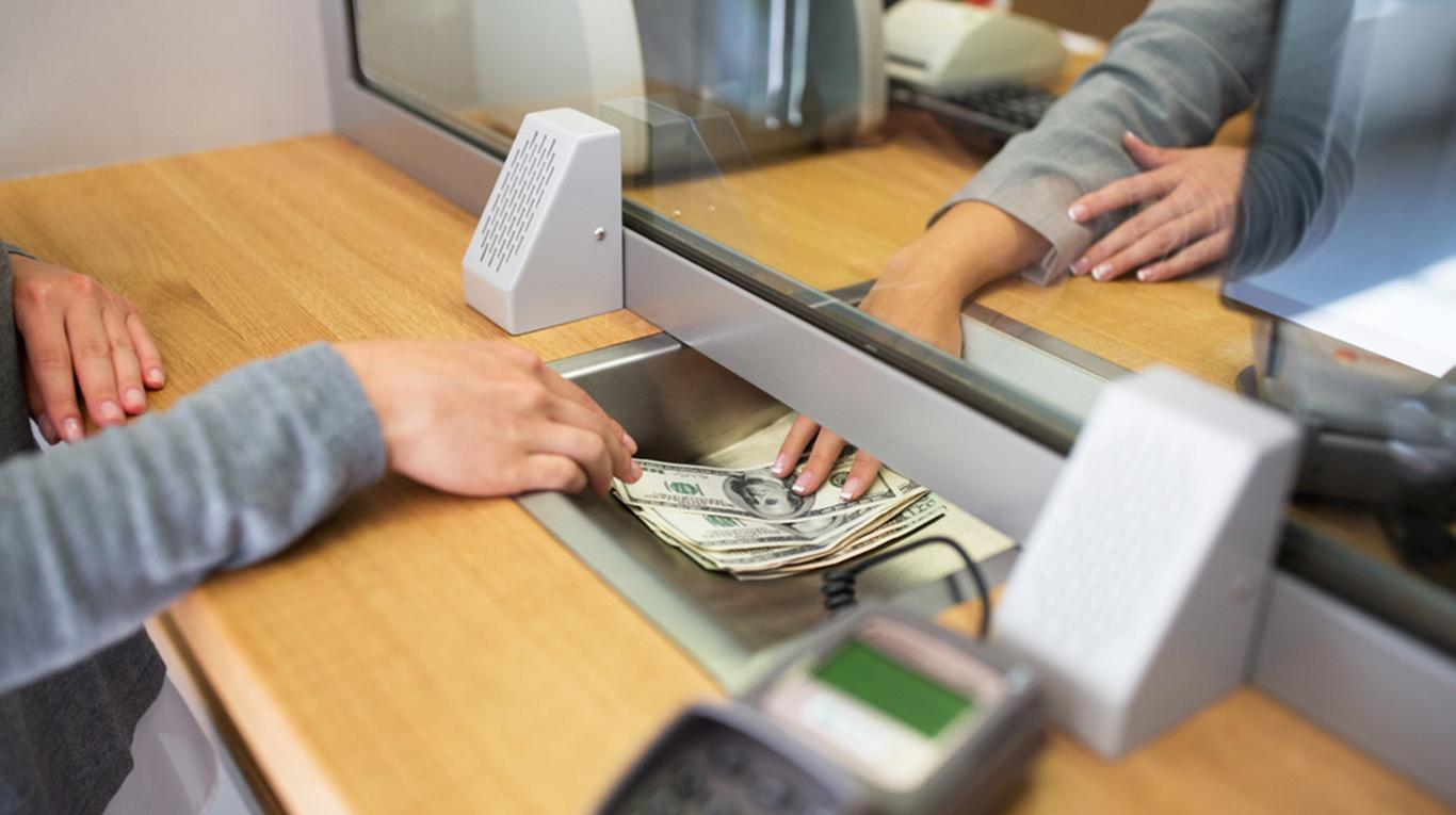 esuberi-nel-settore-bancario