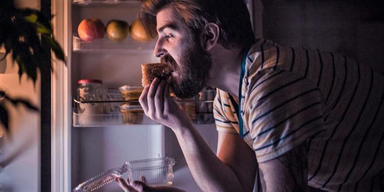 contrastare-la-fame-notturna