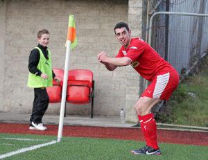 Joe Gormley, Dal calcio professionistico al lavoro part-time