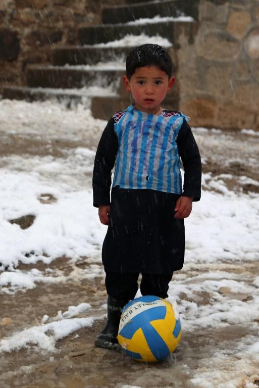 """MESSI, Murtaza:""""Dopo Messi abbiamo perso la casa e non ho più neanche un pallone"""""""