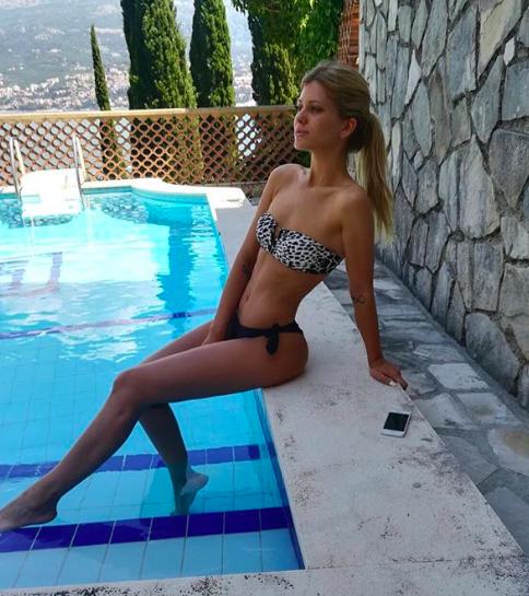 Andjela Manitasevic, Andjela Manitasevic, scopriamola