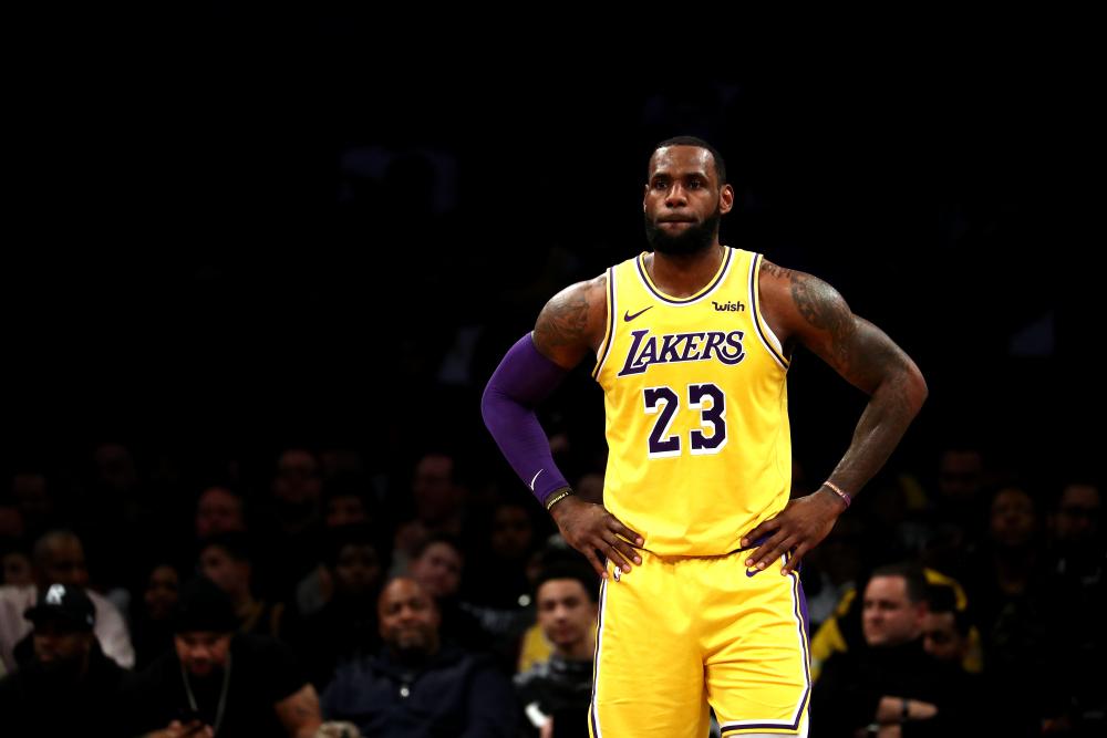 nba, La TOP 10 giocate della notte NBA. 27 Novembre