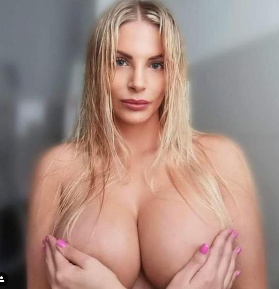Nuda francesca cipriani Francesca Cipriani