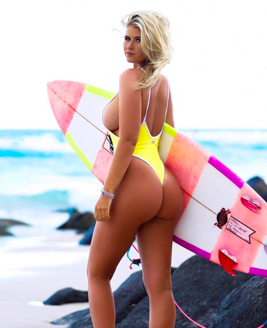 Holly-Daze Coffey, Holly-Daze Coffey quando il surf diventa arte