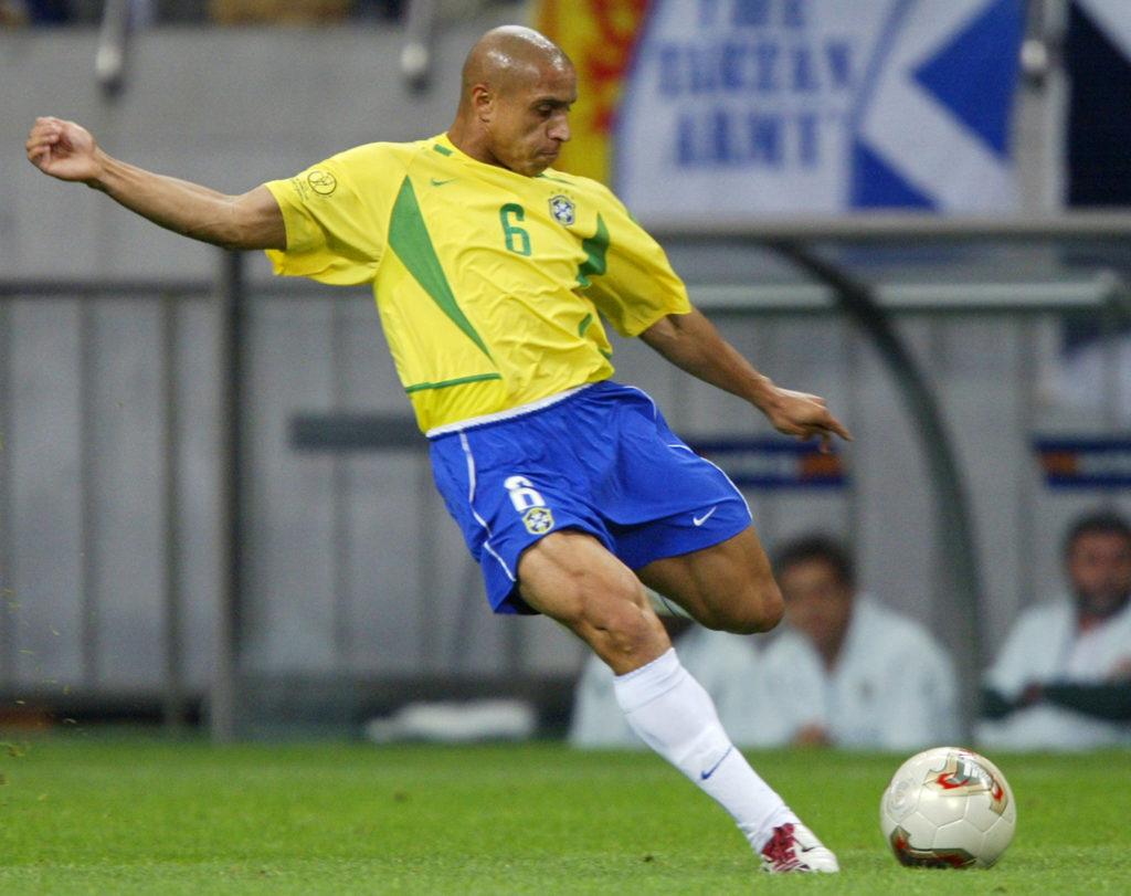 roberto carlos, La punizione di Roberto Carlos contro la Francia