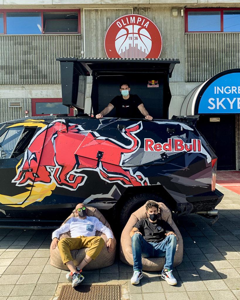 Che Fatica La Vita Da Bomber Red Bull, Che Fatica La Vita Da Bomber ambassador di Red Bull