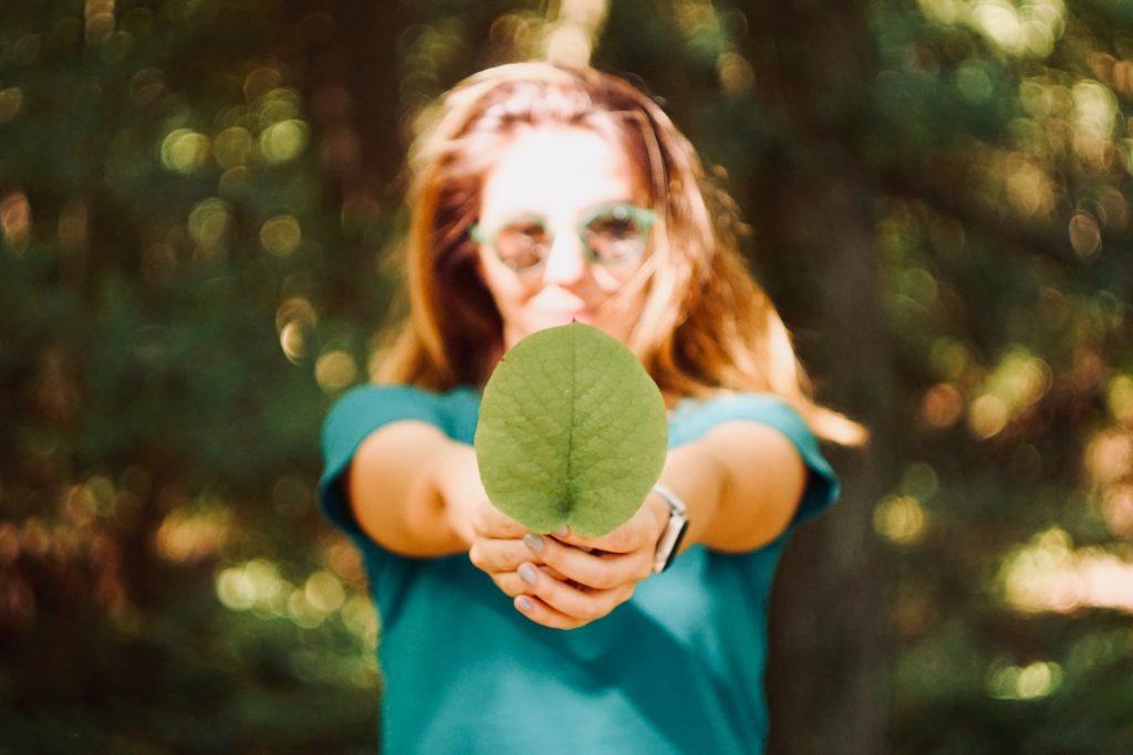 Concetto di sostenibilità ambientale legato al Commercio equo e solidale