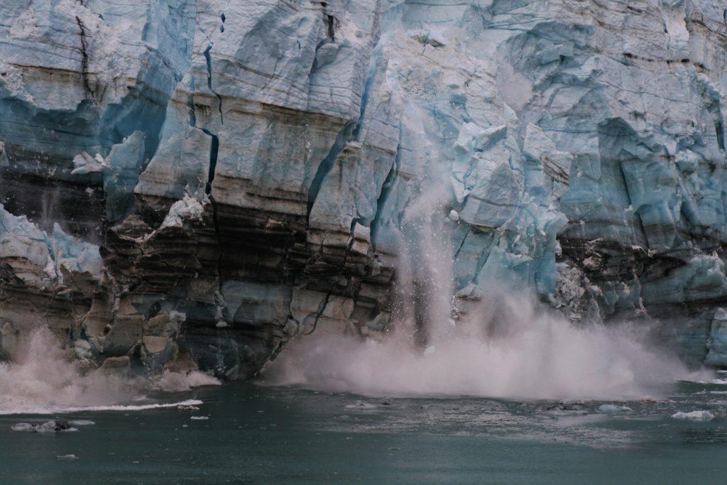 Scioglimento ghiacciai causato dai cambiamenti climatici