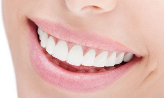 alimenti- sorriso-denti