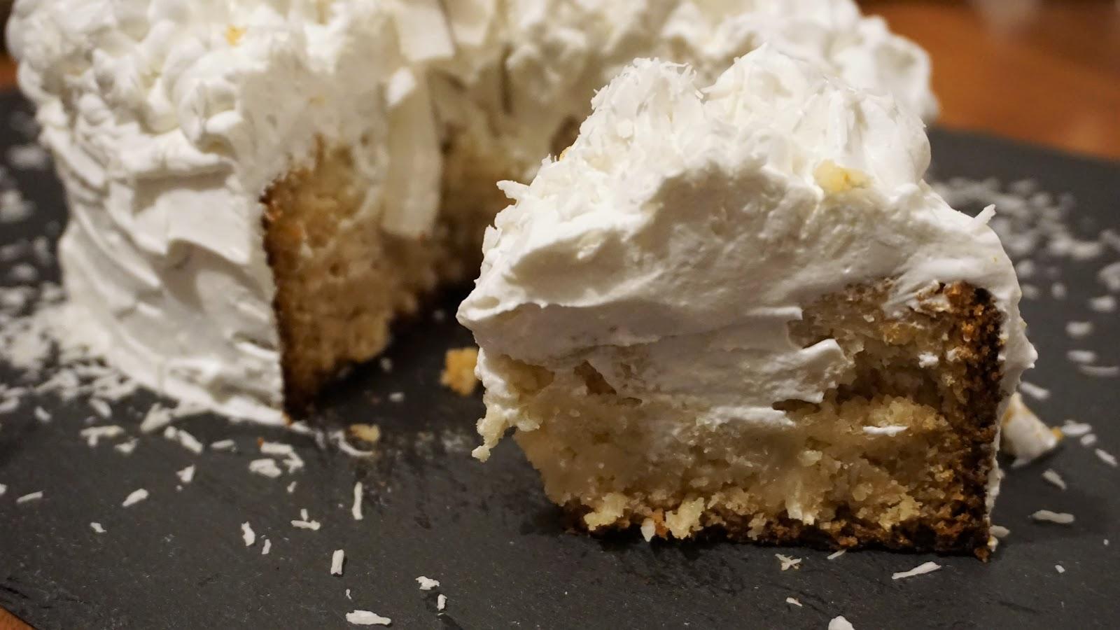 poke-cake-cocco