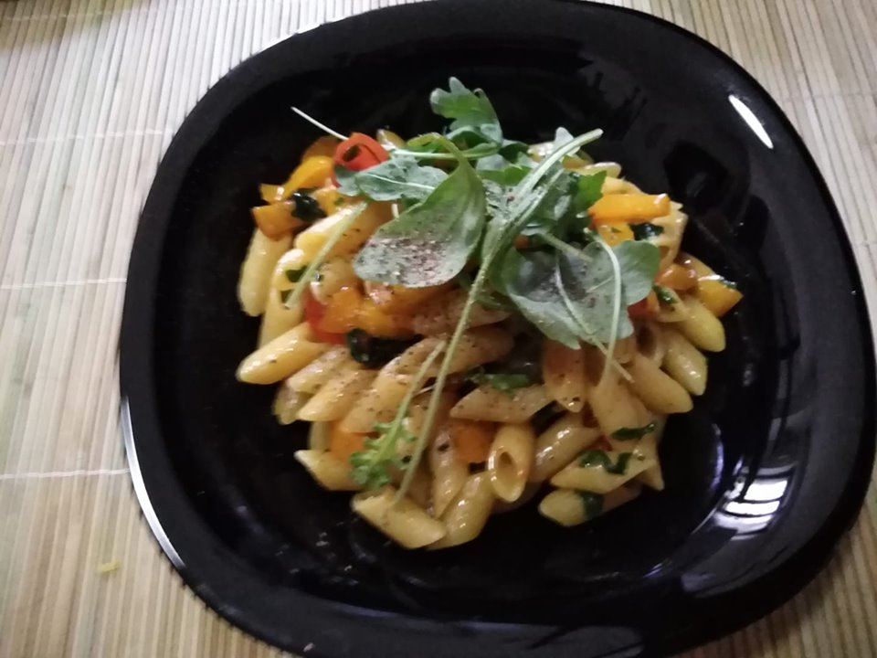 pasta-peperoni-rucola
