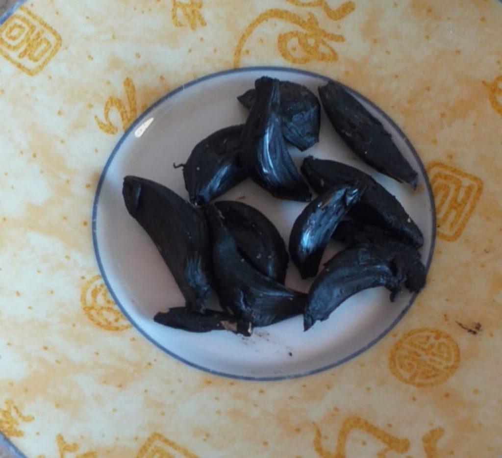 aglio-nero