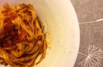 Tagliatelle alle cipolle – Ricetta semplice e sfiziosa