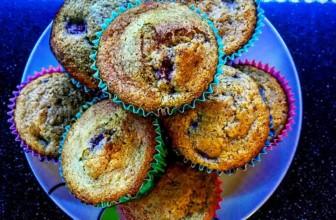 Strawberries space muffin. Fragole, le protagoniste dell'estate