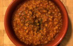 Laadass, la zuppa di lenticchie tipica del Marocco