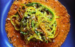 Spaghetti colorati alle verdure – Ricetta fresca ed estiva