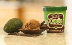 Cado, negli Stati Uniti nasce il primo gelato vegano a base di avocado