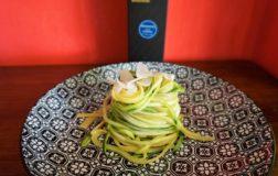 Linguine al limone con spaghetti di zucchine