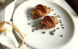 Brioches bicolore ripiene di crema al cacao
