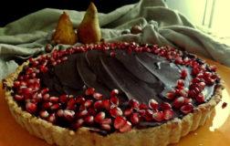 Crostata con pere e cioccolato – Ricetta veg facile