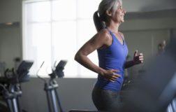 Menopausa: alimentazione veg e attività fisica aiutano la donna in questa fase