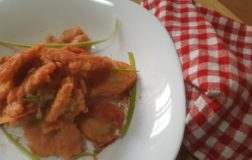 Bocconcini fritti di broccolo romanesco con farina di ceci – Ricetta antispreco