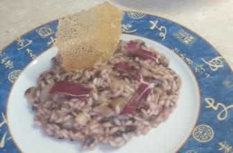 Risotto vegan al radicchio rosso di Treviso: ricetta della cucina veneta