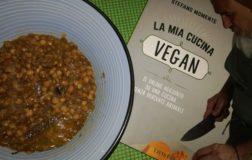 La mia cucina vegan. Il valore aggiunto di una cucina senza derivati animali: il nuovo libro di Stefano Momentè