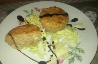 Muffin salati ai fiori di zucca e nocciole