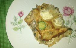 Millefoglie di carasau con funghi e zucchine