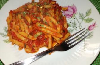 Pennette all'arrabbiata, un piatto tipico della cucina romana