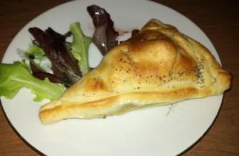 Triangoli di sfoglia ai carciofi e patate – Ricetta facile