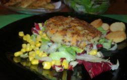 Maxi burger benessere di quinoa con patate e carote