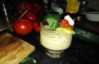 Gazpacho di cetriolo, la zuppa fredda da bere in estate