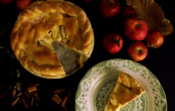 Apple Pie, la famosa torta di Nonna Papera in versione veg