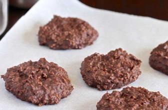 Come preparare biscotti crudisti al cacao con l'essiccatore.