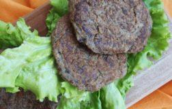 Burger di melanzane e pleurotus: la ricetta riciclo