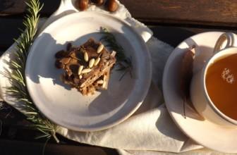 Castagnaccio toscano: un dolce tradizionale