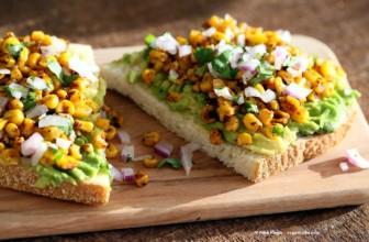 Dolce o salato: avocado toast contro french toast, le versioni cruelty free.