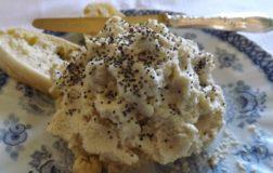 Formaggio raw di anacardi: la ricetta per prepararlo in casa