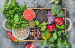 Vitto Valdiano, cosa è la dieta vegana crudista tendenziale proposta dall'igienista Vaccaro