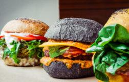Viaggio nel meraviglioso mondo di Flower Burger, la prima veganburgeria a Milano