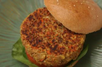 Come preparare burger vegani di riso e lenticchie rosse