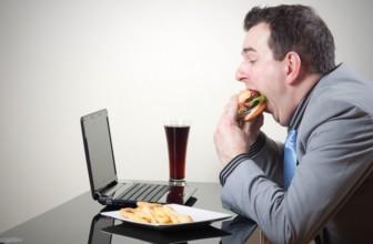 Perché mangiare lentamente vince la fame.