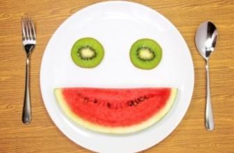 Alimentiamo il nostro sorriso con i cibi del buonumore.