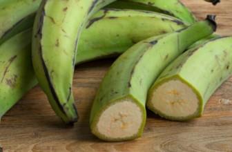 Platano: come cucinare il frutto tropicale dalle tante proprietà sempre più amato anche in Italia
