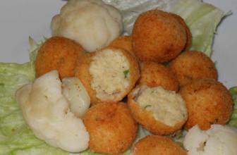 Un ottimo spezza fame: polpettine vegane di cavolfiore al forno